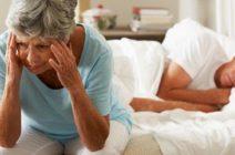 Лечение бессонницы в пожилом возрасте: медикаментозные и народные средства