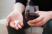 Совместимы ли снотворные препараты с алкогольными напитками?