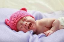 Малыш в 4 месяца плохо спит ночью: причины и меры