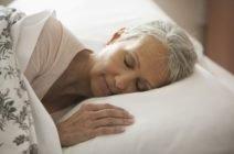 Проблема ли в том, что пожилые люди много спят?