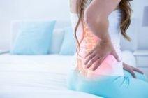 Боль в поясничной области по утрам – тревожный признак или неудобная поза во время сна?
